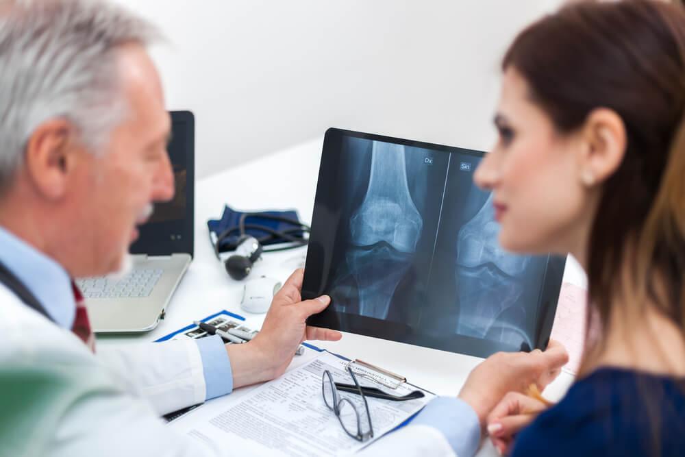 Saiba tudo sobre o exame de densitometria óssea - Alta diagnósticos