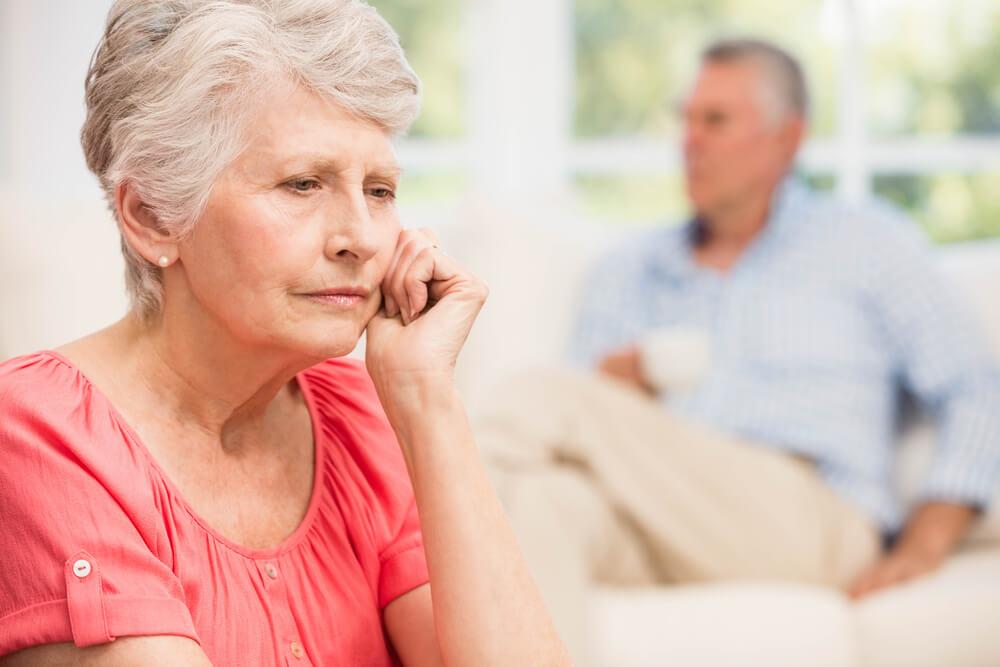 O que é Alzheimer, sintomas e causas da doença
